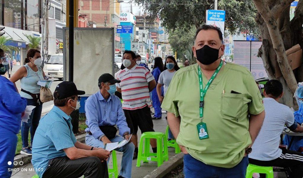 Dirigente del Seguro Social pide vacunar a médicos en situación de riesgo