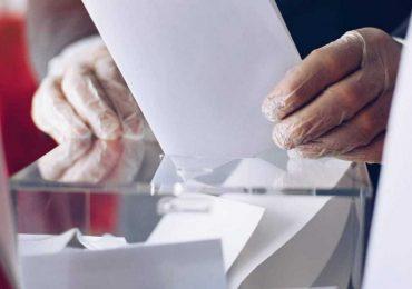 Alta dirección de EsSalud habría dispuesto prohibir salir a votar a profesionales médicos y de la salud el domingo 11 de abril
