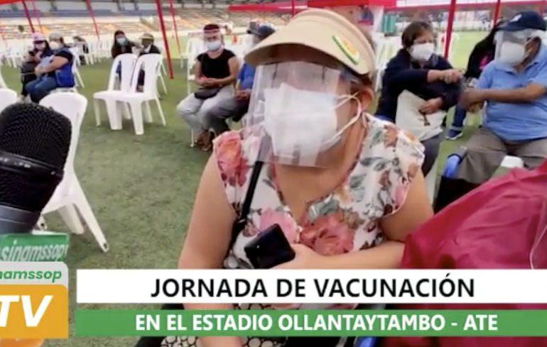 Primera jornada de vacunación en el estadio de Ollantaytambo