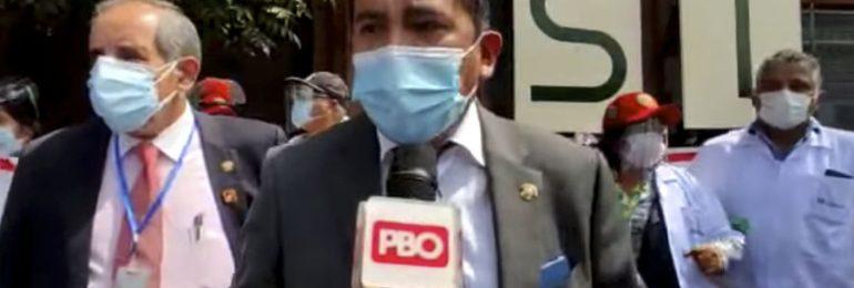 Congresistas respaldan protesta de médicos de ESSALUD sobre conformar comisión investigadora de la institución