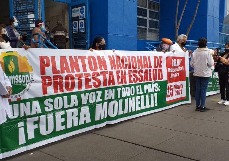 Mañana se realizará 16vo plantón de protesta de médicos de EsSalud en hospital Edgardo Rebagliati por mala gestión