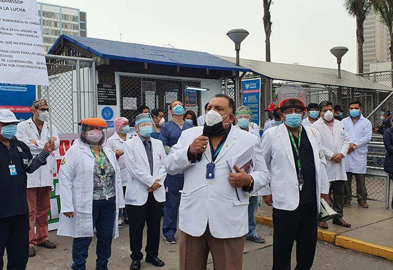 Secretario general Teodoro Quiñones expresó preocupación y rechazo del gremio médico sobre retorno a trabajo presencial