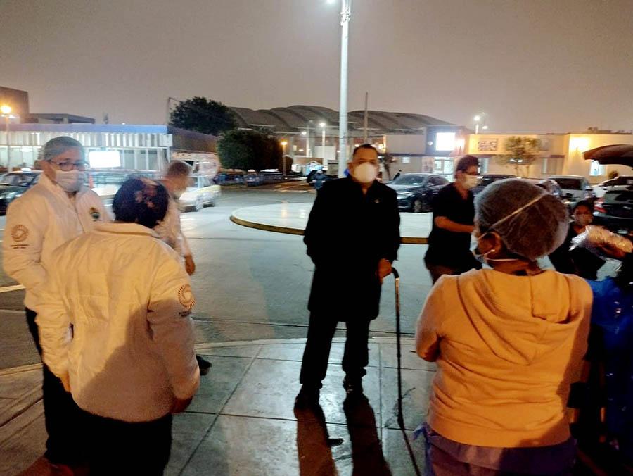 Secretario general visita guardia nocturna de hospitales nacionales de Lima por Bicentenario