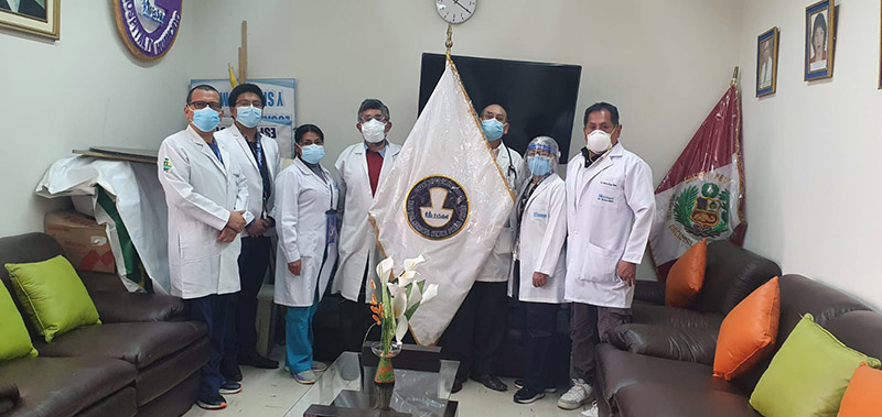 ÚLTIMO: Presidente ejecutivo de EsSalud evitó reunirse con el cuerpo médico del hospital Ramiro Prialé en Huancayo