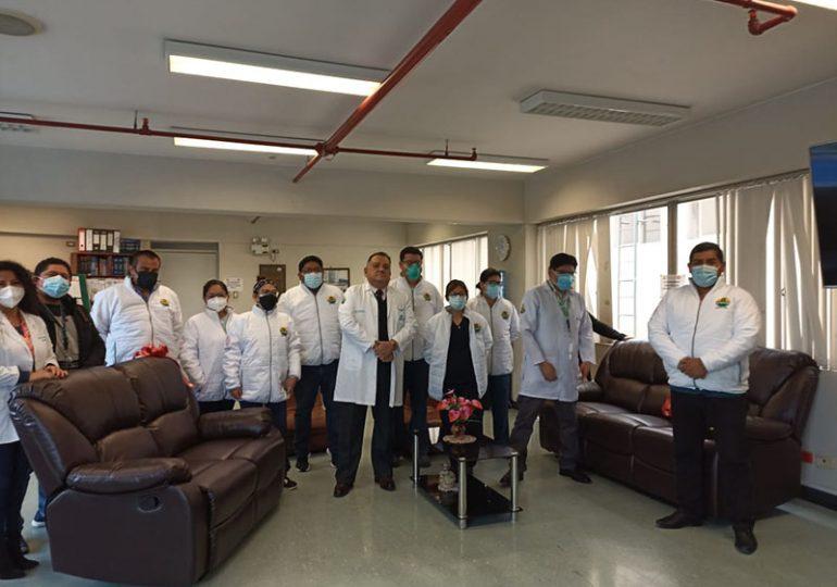 Secretario general hizo entrega de mobiliario especial a cuerpo médico del hospital Luis Negreiros del Callao