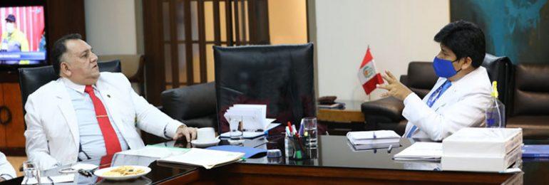 Presidente ejecutivo de EsSalud se comprometió a cambiar a gerentes de redes Rebagliati y Madre de Dios en forma inmediata